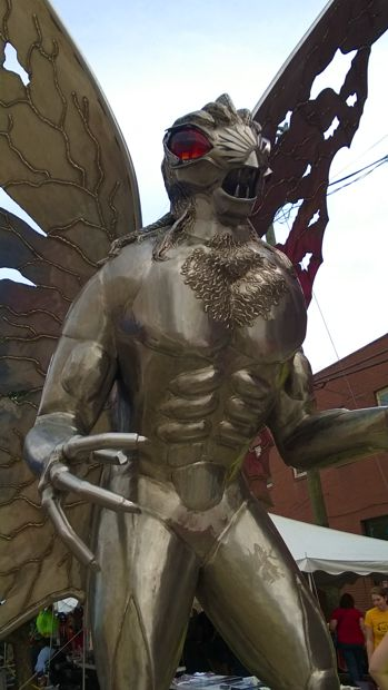 This statue represents the common description of the Mothman.